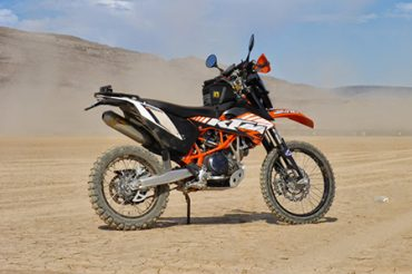 KTM 690 Enduro Build Up