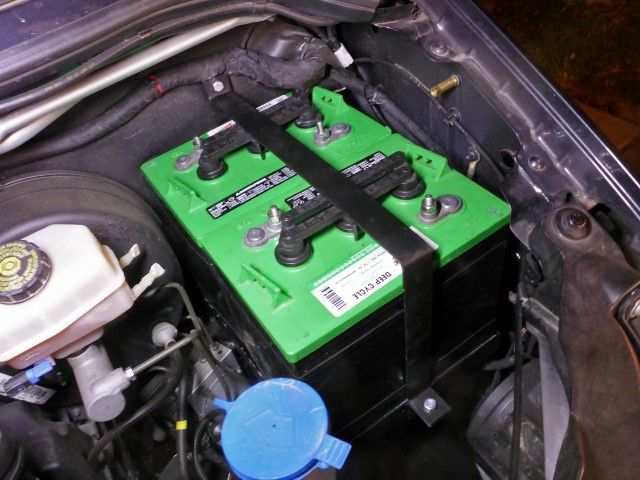 Dual 6 Volt Underhood Battery Tray: Sprinter Van
